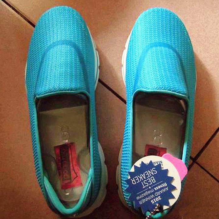#5月好晒单# 老妈的超软!超轻!一脚蹬,美亚Skechers斯凯奇Go Walk 3